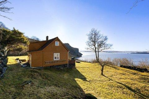 30-talls: Hytta i Vikevåg ble reist for nærmere 90 år siden.