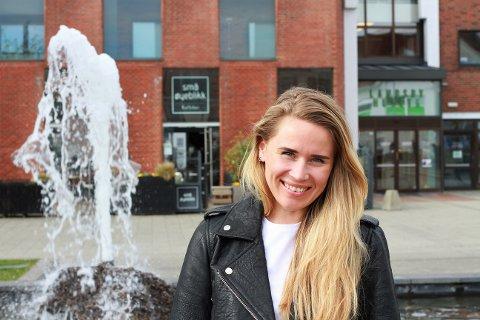Glad i Randaberg: Maria ønsker å løfte frem lokale bedrifter i samarbeidet med Landsbyforeningen