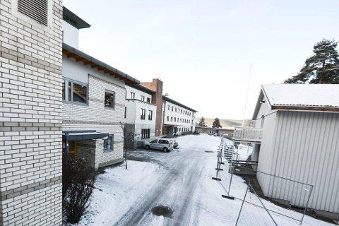 TRØBBEL?: Modum kommune har havnet i bråk etter å ha inngått avtale med Bergmingrud Entreprenør BVT AS om utbygging av Modumheimen i Åmot.
