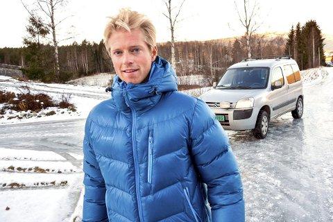 BEHOLDER VAREBILEN: Eilev Bjerkerud vant Farmen og brukte ikke en eneste krone på 11 uke. Han takker oppveksten på gård og Arne og Åke i Holtet Pukk og Betong for å ha lært å arbe' skikkelig.
