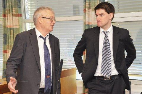 I retten: Aktor og statsadvokat Kristian Nicolaisen (t.v.) og Torgeir Falkum, som er advokat for forretningsmannen fra Midtfylket, kunne i retten i går konstatere at de ikke var enige i påstandene i tiltalen mot Falkums klient.