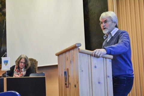 Runolv Stegane (V), Kari Ask (Sp), ordfører, Sigdal, kommunestyret, budsjett 2015