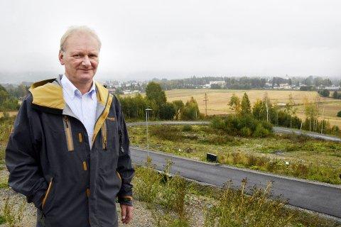 Roaskogen:  - Nå er det meste klart for å starte salget av våre eneboligtomter her i Roaskogen, sier den nye EEU-sjefen Trond Lindborg.
