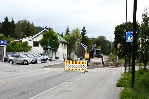 TIL JUL: Alt tyder på at Strandgata blir stengt fram til jul.