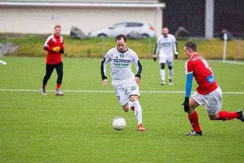 SCORET IGJEN: Simen Velstad har notert seg jevnt og trutt i MFKs målprotokoll denne sesongen. Søndag scoret han ett til.