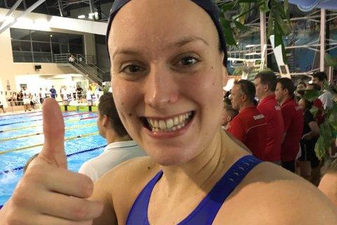 STRÅLENDE FORNØYD: Stine Lise Stenseth smiler bredt etter å ha sikret tre medaljer i nordisk mesterskap i helgen.