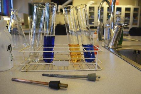 Hverdagslig: Det er kjemi overalt, og mye av det vi bruker eller omgås i hverdagen, handler om kjemi.