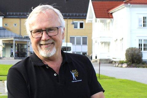 1 KJENNER ALLE KROKER: Sveitservillaen bak er Helge Haaviks barndomshjem.