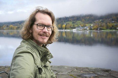 KREVENDE: Håkon F. Høydal fra Vikersund er en av VGs fremste gravejournalister.