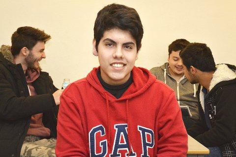 Norge vs. Brasil: Rafael Cortez Sgroi Pupo er utvekslingselev i 3STA på Rosthaug videregående skole i år. Her skriver han om forskjellene på norsk og brasiliansk skolegang.
