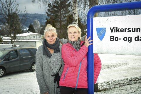 KJEMPER FOR SINE: Randi Tandberg (t.v.) og Bente Bunæs mener bo- og dagsentrene må tas vare på slik de er i dag.