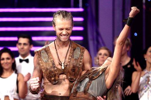 TRIPPEL JUBEL: Eilev Bjerkerud har jublet for seier i både Farmen og ASkal vi danse på TV2. Nå kan han juble og puste lettet ut etter at TV tar ansvar for kjendis-skatten.