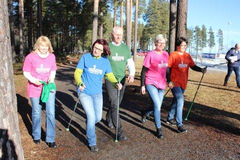 GÅ MER: – Gå tur og beveg deg mer, oppfordrer Lene Weum (f.v), Anne Kat Håskjold, Ståle Versland, Aase Kristin Andreassen og Hege Fåsen.