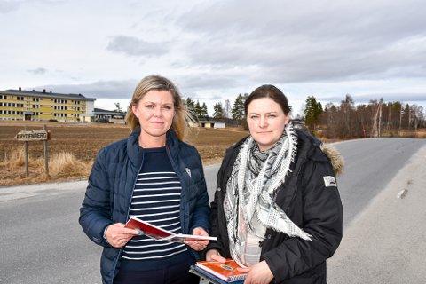 KRISE: Liv Jane Tømte (t.v.) i fagforbundet og Lena Liljedal Torgersen i sykepleierforbundet ber kommuneledelsen og politikerne om å våkne.