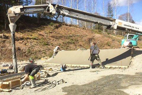 GODT I GANG: Det bygges ny skatepark på Nerstad – etter mange års planlegging.