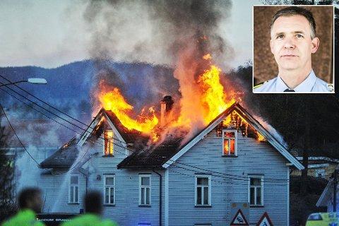 ØDELAGT: Brannen startet ved femtiden søndag morgen. – Politiet opprettholder fortsatt siktelsen mot en mann, sier Christian Berge.