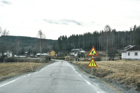 FÅR MIDLER: Både fylkesvei 192 og 191 på vestsiden av Krøderfjorden får midler av fylkeskommunen i løpet av de kommende fire årene.