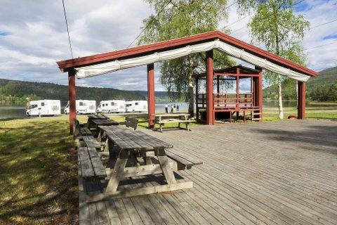 Åpner for bobiler: Strandefjorden i Sigdal skal bli campingplass for bobiler og åpner i pinsen. Alle foto: Alan Billyeald