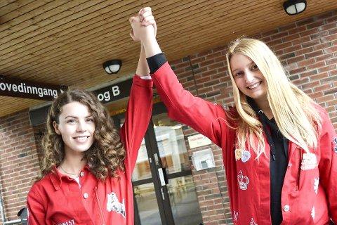 Siste etappe: Amalie Kopland (t.v.) sammenligner skolegangen med en boksekamp, og Ingrid Vang Gulliksen Bråthen roper «Houston, we have a problem». De to vg3-elevene er svært fornøyde med snart å være ferdige på Rosthaug videregående skole. For disse to jentene er våren på siste året på videregående visstnok ingen sjarmør-etappe. Ingrid og Amalie deler sine tanker om hardkjøret. Klare for siste etappe