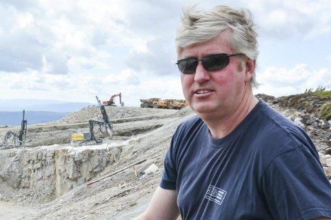 HAR KONTROLL: Åke Holtet er glad for kommunens konklusjon og har han har fått bevis for at de sorterer avfall som de skal. ARKIVFOTO: BOEL KRISTIN STØVERN