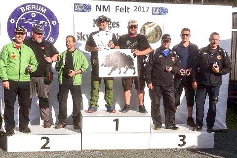 Gutta i Modum Pistolklubb NM-tittelen i revolverfelt på lagskyting.