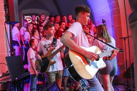 PÅ TURNÉ: Ungdom fra Norge er på turné med Heggen Gospel. Det fører til dager som spaltist Ingvild Bekkeseth setter ekstra stor pris på.