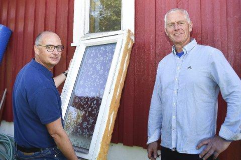 Gebyrsjokk: Ståle Versland lover å ta en ny politisk runde på kommunens gebyrsatser, etter at Jørn Kristian Braaten fikk et krav på 17.740 kroner for å skifte et vindu.