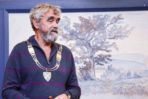 TJENER GREIT: Krødsherad-ordfører Gustav Kalager mener selv at han tjener greit.