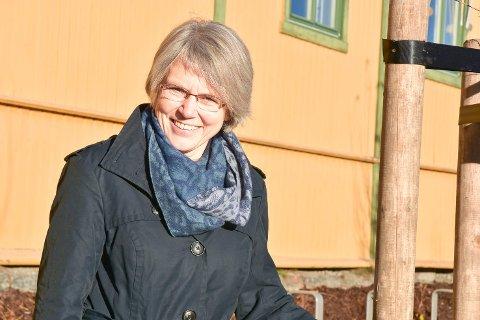 PENSJONIST: Tone Hiroth går av 1. oktober etter 27 år som kommunegartner i Modum.