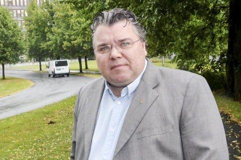 VIL LÆRE MER: Frps spillpolitiske talsperson, Morten Wold fra Vikersund overværer denne helgen NM i Poker. Det går av stabelen i Dublin.
