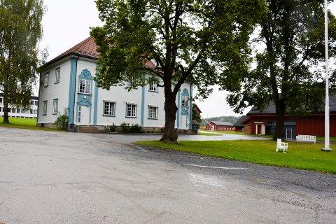 GRØNT FAGSENTER: Mandag åpner Grønt Fagsenter på Buskerud gård i Modum.