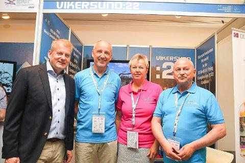 VM 2022: Skipresident Erik Røste, Håvard Orsteen fra Vikersund, Tone Kjemperud Kristiansen og fylkesordfører Roger Ryberg er med i delegasjonen som skal «motta» VM 2022.