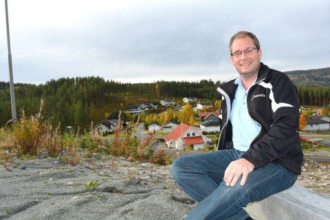 KRITISK: Per Kristensen, leder av Krødsherad Høyre, er kritisk til at flertallet valgte å lukke møtet, da kommunestyret behandlet skoleutbyggingen i kommunen.