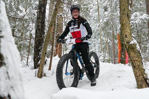 BESTE DAME: Hege Aasmundrud fra Geithus vant kvinneklassen under Modum Challenge i dag.