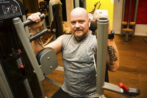 KUTTET MEDISINENE: Odd Georg Hansen (54) har kunnet slutte med diabetesmedisinene etter at han begynte å trene og la om kostholdet. – Å slippe medisiner har gitt meg stor motivasjon for å holde treningen ved like, sier 54-åringen.