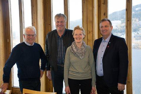 Ole Johan Sandvand (KrF), Jon Hovland (H), Sunni G. Aamodt (Sp) og Bjørn Erik Sørlie (FrP) presenterte onsdag noen av de viktigste endringene i forhold til administrasjonens budsjettforslag.