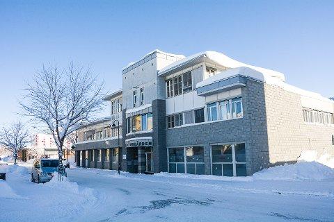 KOMMUNEN LEIER: Modum kommune hadde egentlig avtalt å leie de gamle apoteklokalene i Vetkergården, men har nå byttet til de litt større lokalene etter Posten og bingoen i samme bygg.