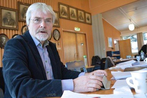 VETERAN: Runolv Stegane har gitt nominasjonskomiteen i Sigdal Venstre beskjed om at han er klar for sin niende periode i kommunestyret, hvis partiet og velgerne vil ha ham.