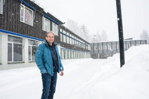 BEKYMRET: Per Kristensen (H) er bekymret for økonomien i skoleprosjektet i Krødsherad. Han frykter økt eiendomsskatt hvis de vedtar å bygge to nye skoler.