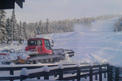 VRAKET: Tråkkemaskinen på Haglebu skisenter måtte vrakes etter sabotasjen i vinterferien.