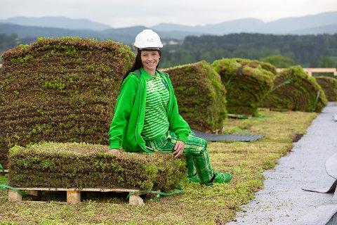 BUTIKKSJEF: Lill-Cathrin Karslen (32) er sjef for den nye Kiwi-butikken på Lerberg.