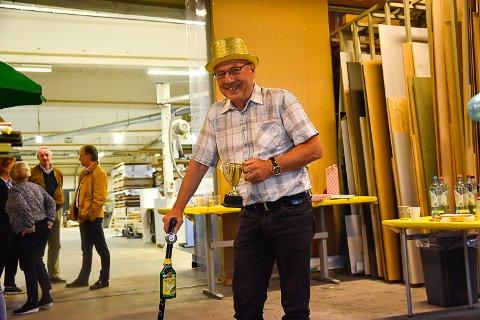 KOMMENDE PENSJONIST: Til uka er det slutt etter 40 år i bedriften. – Det er litt vemodig, forteller Boye Arntzen.