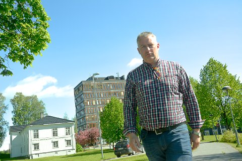 Tom Oddby, Modum Venstre.