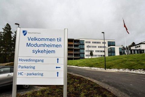 93 ÅRS AP-STYRE:  Morten Wold spør hvorfor Modum Ap skal få tillit til å løse en krise når de har hatt makt i Modum i 93 år allerede.