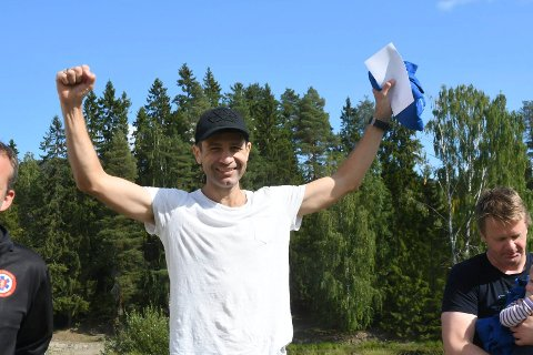 KOMMER: Ole Einar Bjørndalen skal delta i sitt eget motbakkeløp til helgen. Dette bildet ble tatt da han deltok for første gang i fjor.