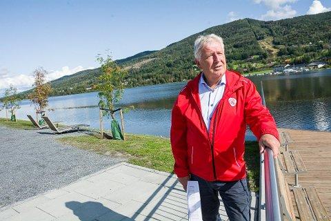 GLAD OG PÅ TILBUDSIDEN: Leder i Modum Arbeiderparti, Terje Enger Gulbrandsen er strålende fornøyd med valgresultatet og han signaliserer stor raushet for å få Senterpartiet og Krf med på et flertallslag.