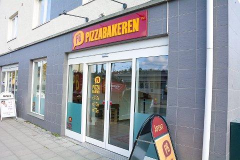 Pizzabakeren i Vikersund ligger an til å få sitt første år med pluss i boka, ifølge innehaver Øystein Jokerud.