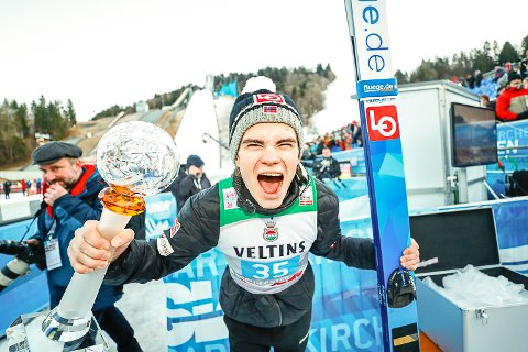 ØKER INTERESSEN: Det at Marius Lindvik vant nyttårshopprennet i Garmisch-Partenkirchen onsdag, tror arrangørene i Vikersund vil ha effekt på billettsalget til rennene i mars.