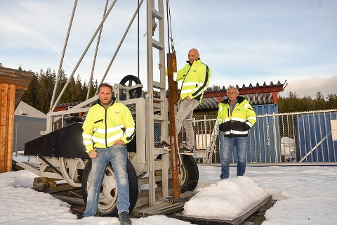 VOKSTER STADIG: Båsum boring er igjen på jobbjakt. (f.v) Nils Hanstad, Dag Espen Båsum og Trond Båsum.