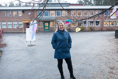 POSITIVT OVERRASKET: Nina Tandberg Müller, undervisningsinspektør på Enger skole, hadde første vikar i sving i klasserommet allerede to dager etter at hun la ut innlegget på Facebook.